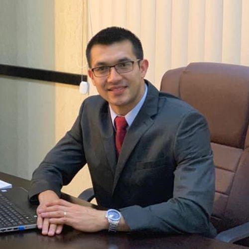 Dr. Lemuel Escobar Gálvez